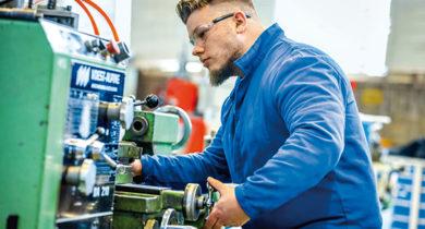 Metall- und Elektroindustrie - Modernere Ausbildungsordnung ab August 2018