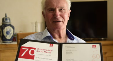 Bernhard Tebrügge aus Rhede feiert 70jährige Mitgliedschaft in der IG Metall